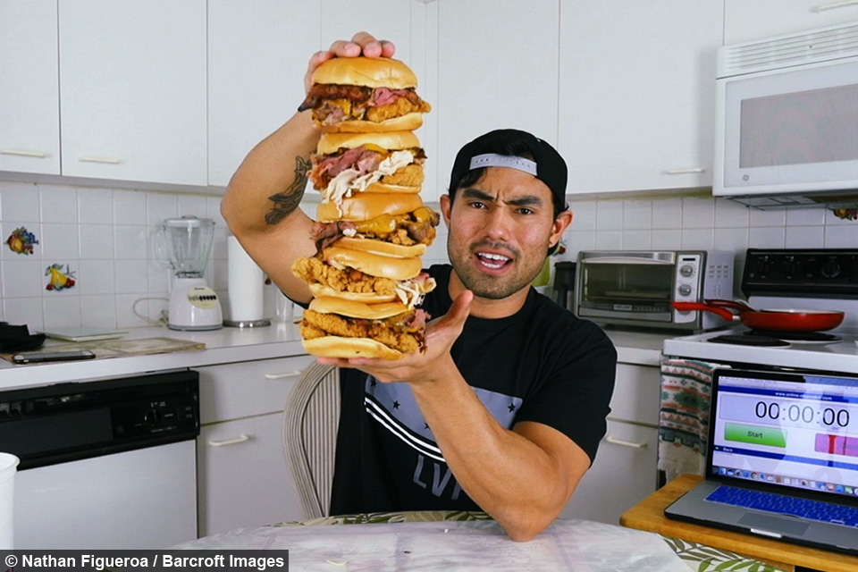 Ripped youtuber does insane 15 000 calorie food challenges for Food bar 810