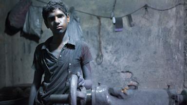 Meet The Child Workers Of A Bangladeshi Aluminium Pot-making Factory