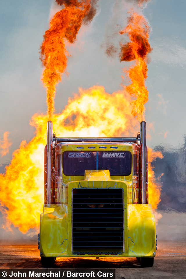 Top Fastest Cars >> Shockwave - The Worlds Fastest Jet Powered Truck