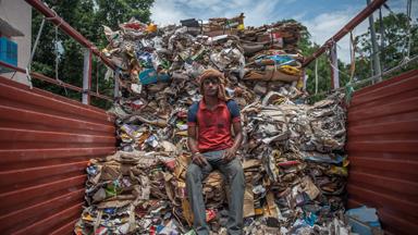 Inside Delhi's Garbage Business