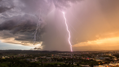 Perfect Storm: America's Extreme Weather Captured in Stunning Time-lapse