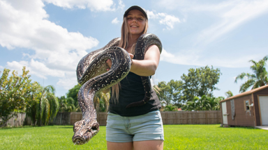 Snake Queen Shares Her Home With 70 Reptiles