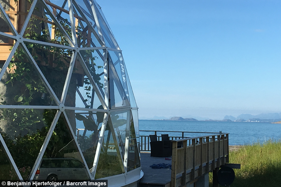 Sub Zero Living Glass Dome Eco House In The Arctic Circle