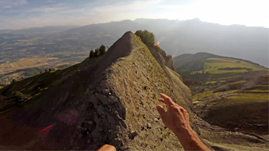 Ultimate Morning Run: Mountain Climber Runs On 2,500m High Cliff Edges