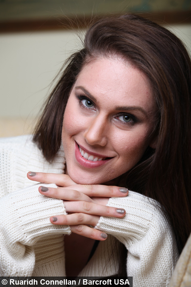 YouTube Star Reveals She Has Two Vaginas