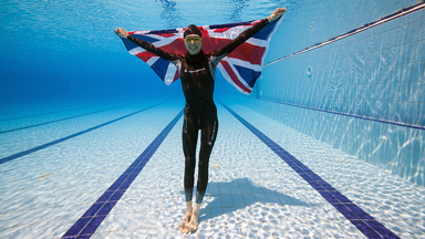 Hold Your Breath: British Swimming Coach Achieves Breathtaking Record