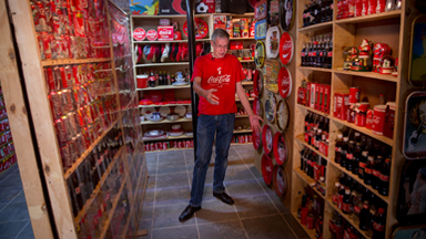 Coca-Cola Addict Drinks Four Litres A Day