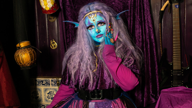 'Alien' Girl Wants To Be Permanently Blue