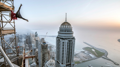 Dubai Rooftoppers Climb 425m World's Tallest Residential Building