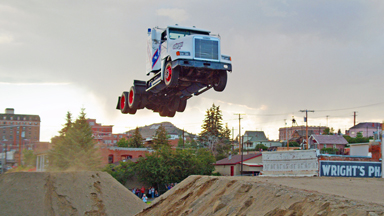 166ft Truck Jumping - Stunt Family Break Two World Records
