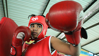 The Female Boxers Smashing Gender Stereotypes