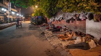Delhi's Footpath Sleepers