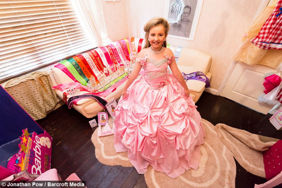 Baby Barbie Nine Year Old Gets Dolled Up For Beauty Pageants