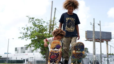 The Amazing Skater Brothers Aged 8 And 2