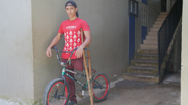 BMX rider with one leg aims to inspire