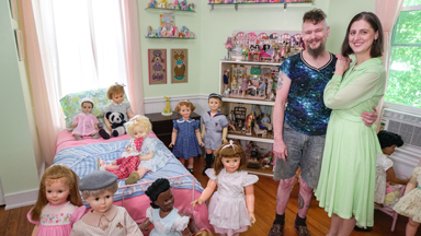 Couple Live With 200 Plastic 'Children'