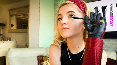 Teen With Bionic Arms Applies Flawless Makeup