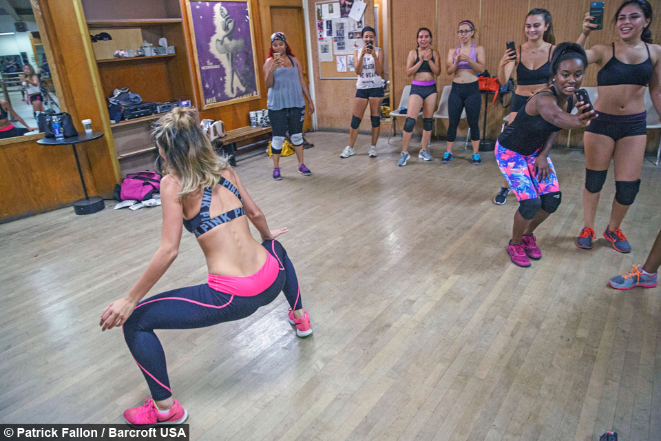 Twerking Nine Till Five Lexy Panterra Wants To Teach The World To