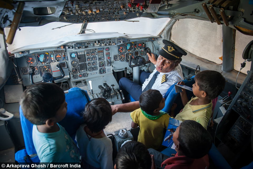 how to become a flight engineer in india