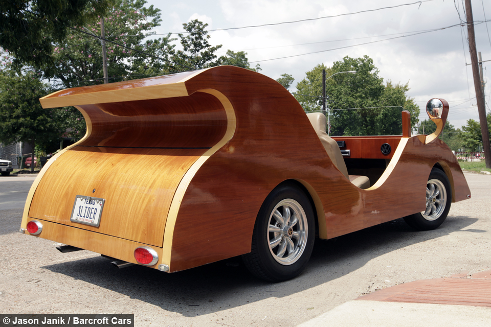 Woody Races: Artist\'s Tree-mendous Car Creations