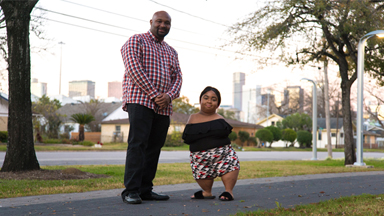 Woman With No Arms And Knees Finds Love