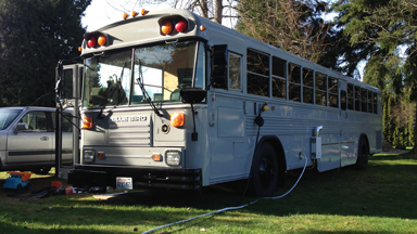 Family Ditch Expensive Rents To Live In A Converted School Bus