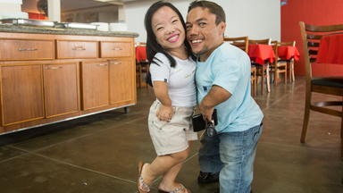 World's shortest couple: Size doesn't matter in love