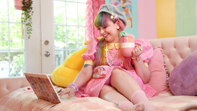 Kawaii Princess Lives In A Rainbow House