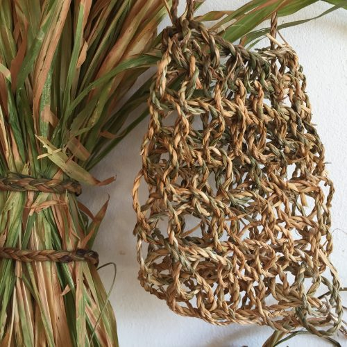 Creative basketry: looped & knotted baskets