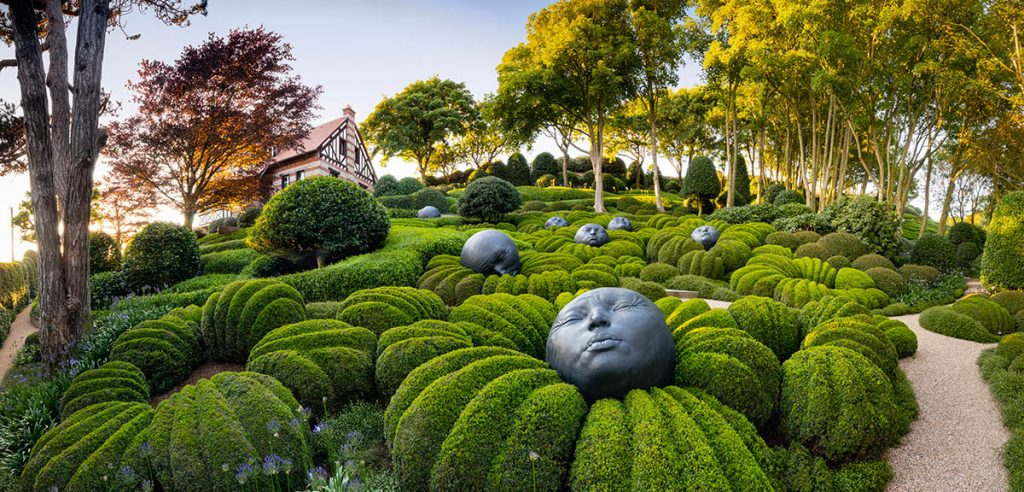 'Les Jardins d'Etretat' by Richard Bloom, Finalist in the Beautiful Gardens category