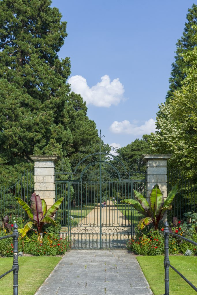 Gates at the western end of Main Walk