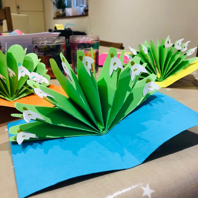 Image of a snowdrop pop-up card