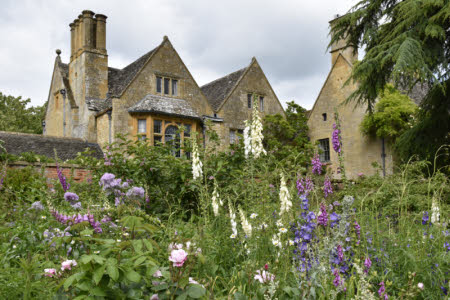 CANCELLED - Hidcote Manor Gardens (NT) and Kiftsgate Court Gardens