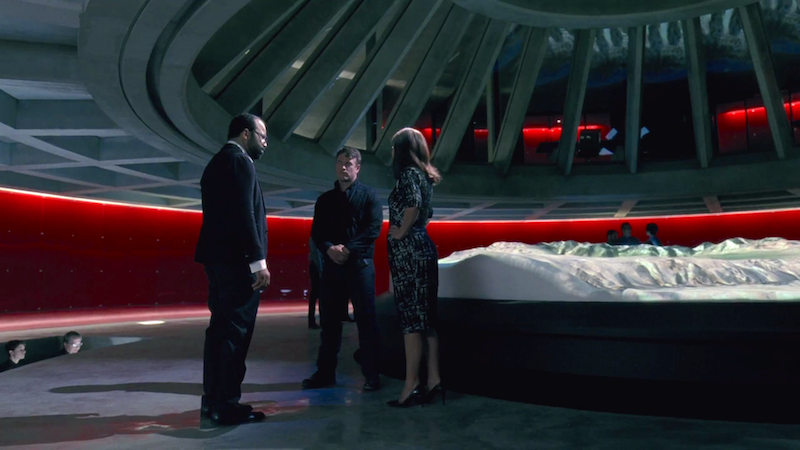 Bernard, Theresa and Stubbs talk shop in the Delos control room