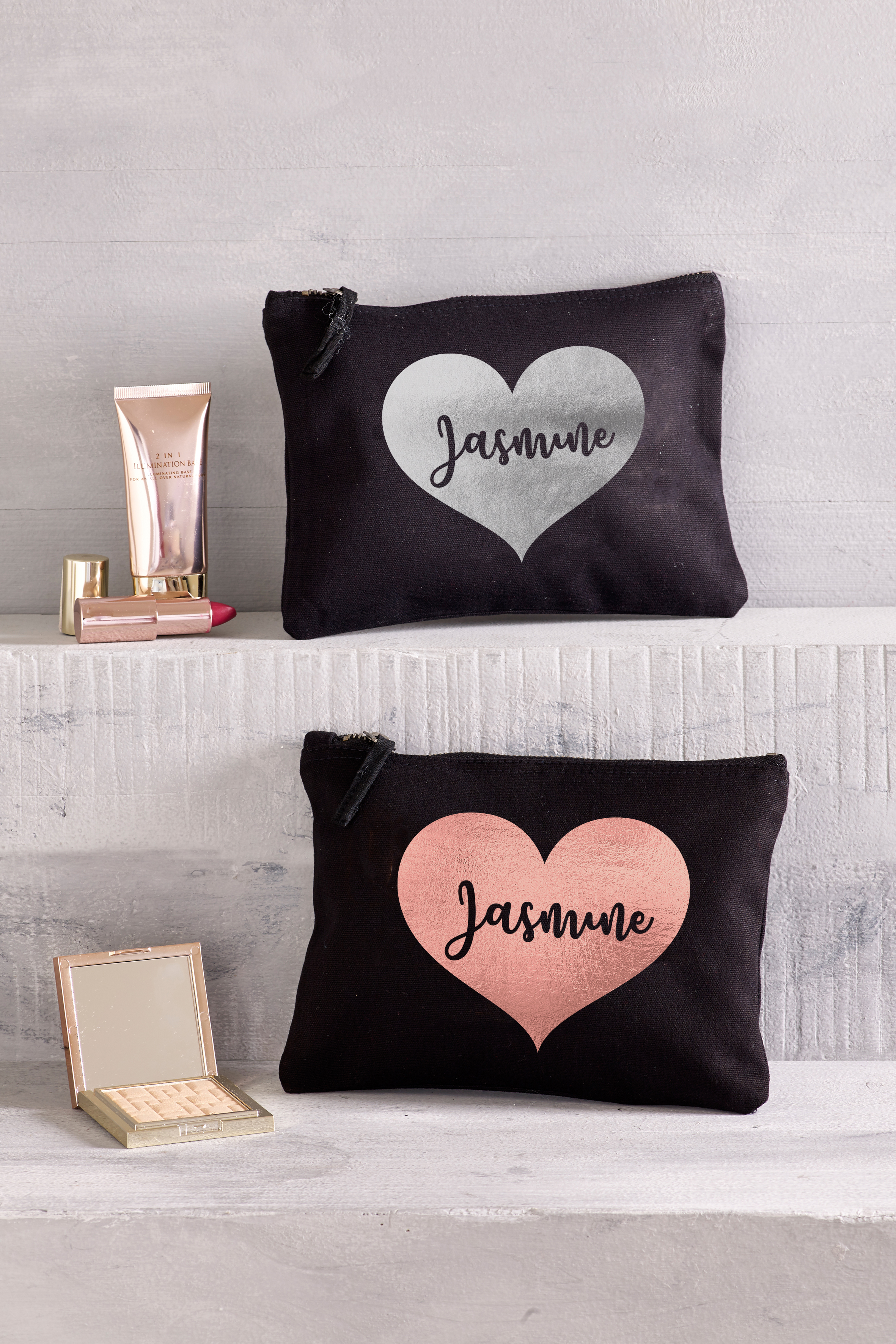 Small Heart Design Makeup Bag