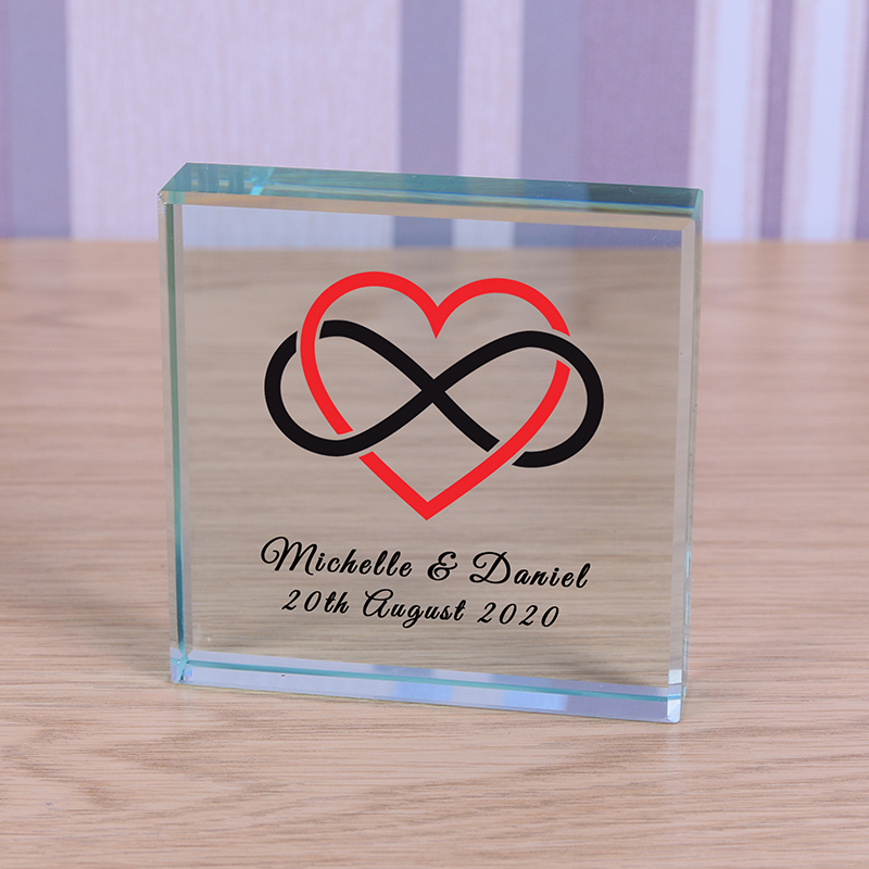 Glass Token - Heart Infinity