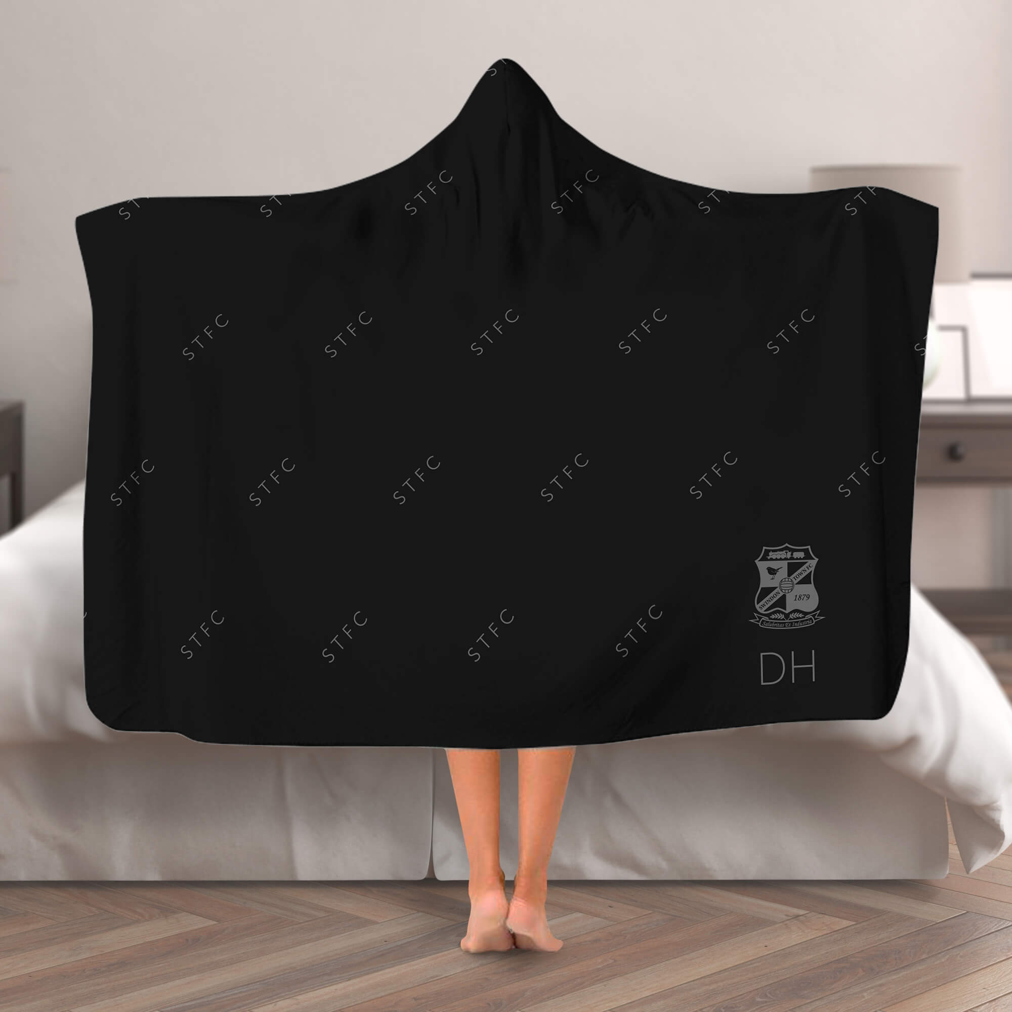 Swindon Town FC Pattern Hooded Blanket (Adult)