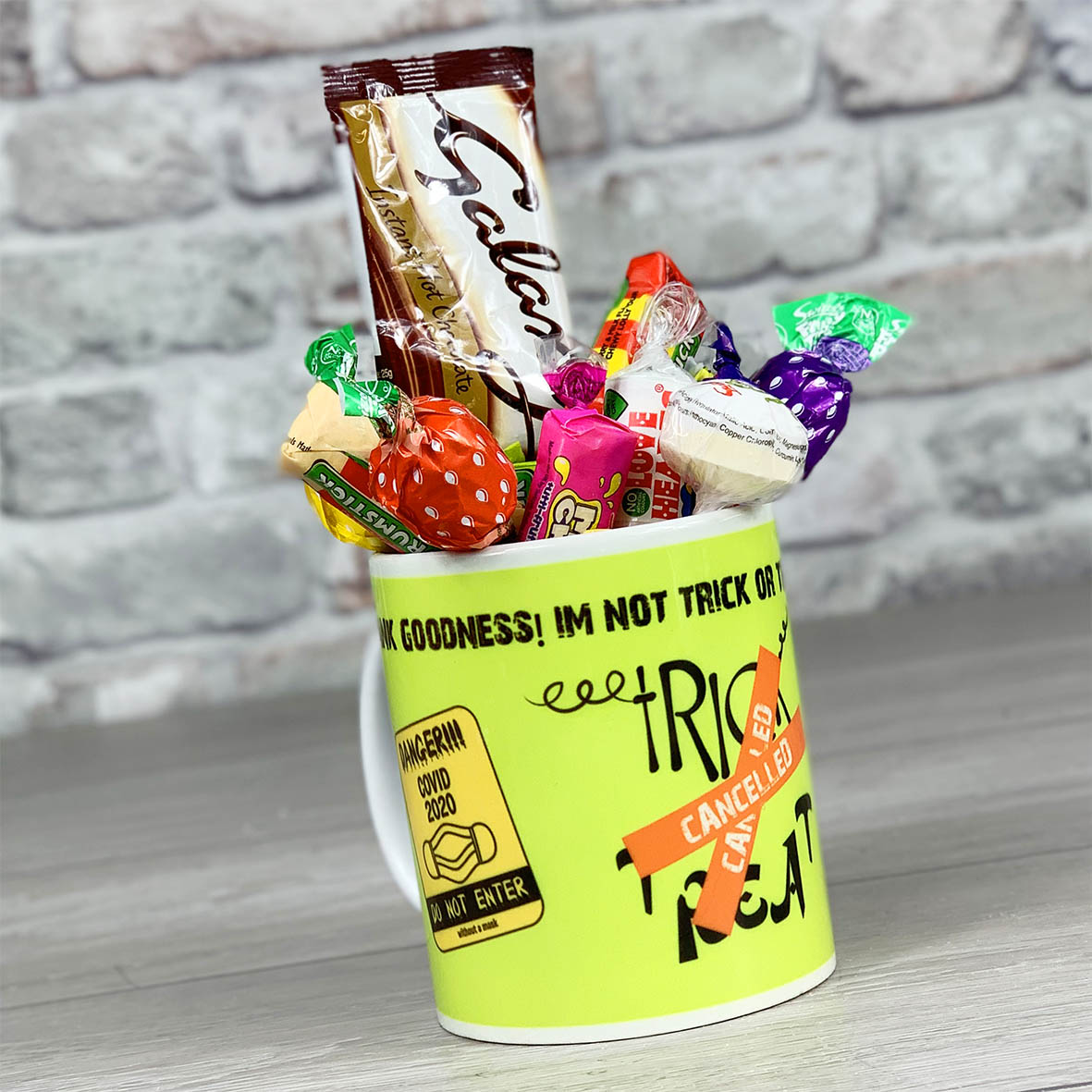 Trick Or Treat Is Cancelled Green  - Mug With Sweets