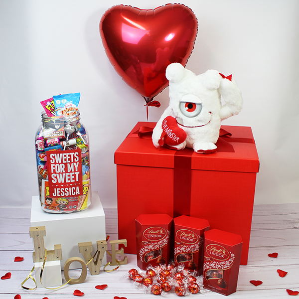 Deluxe Valentine Gift Box