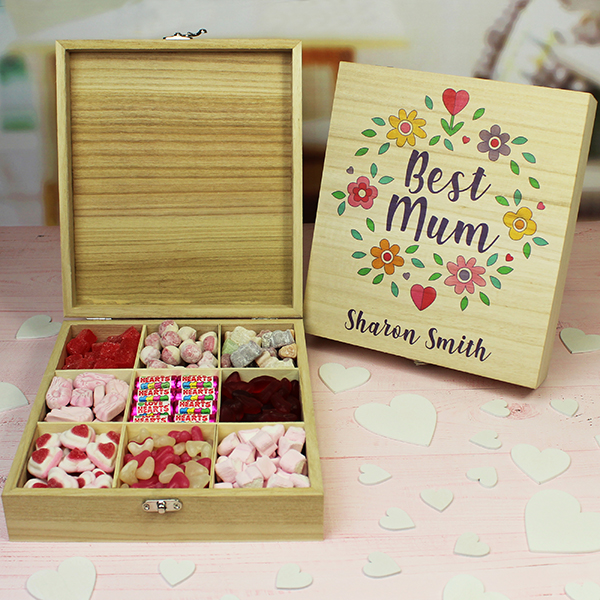 Best Mum - Wooden Sweet Box Lifestyle Photo