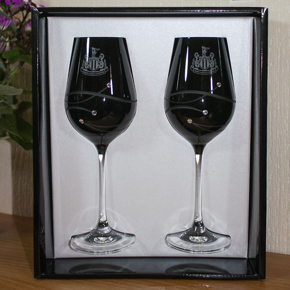 Onyx Diamante Wine Glasses (Pair)