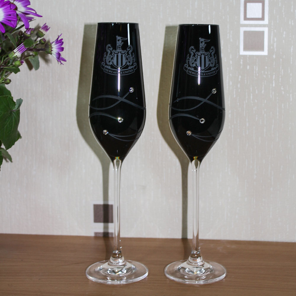 Onyx Diamante Champagne Flutes