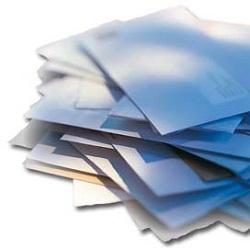 enveloppes empillées