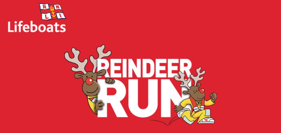 Reindeer Run Find Arace Image 8000 X 4000