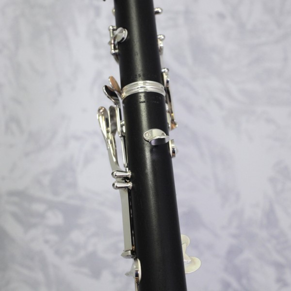 Buffet E11-ii Bb Clarinet Outfit