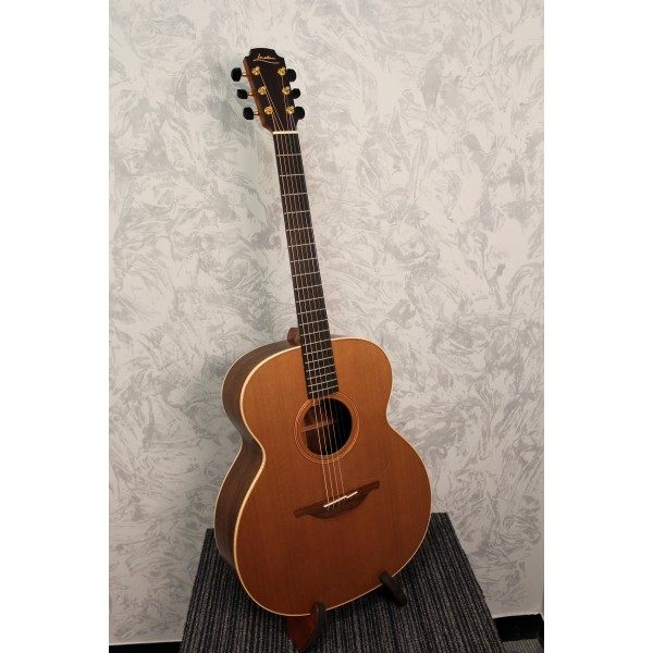 from Jackson dating lowden guitars