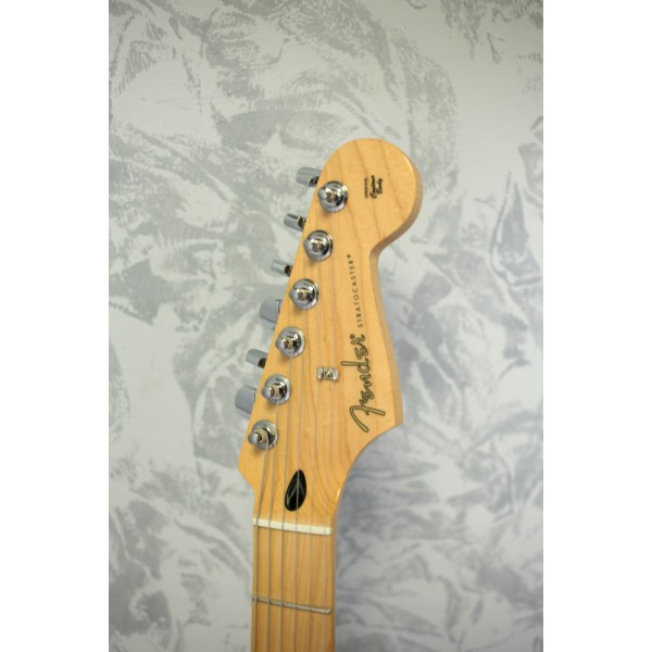 Fender Standard Stratocaster HSS Plus Top Aged Cherry Burst
