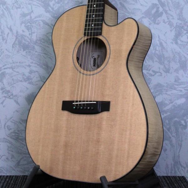 Moon 0002ce cutaway electro Acoustic Guitar