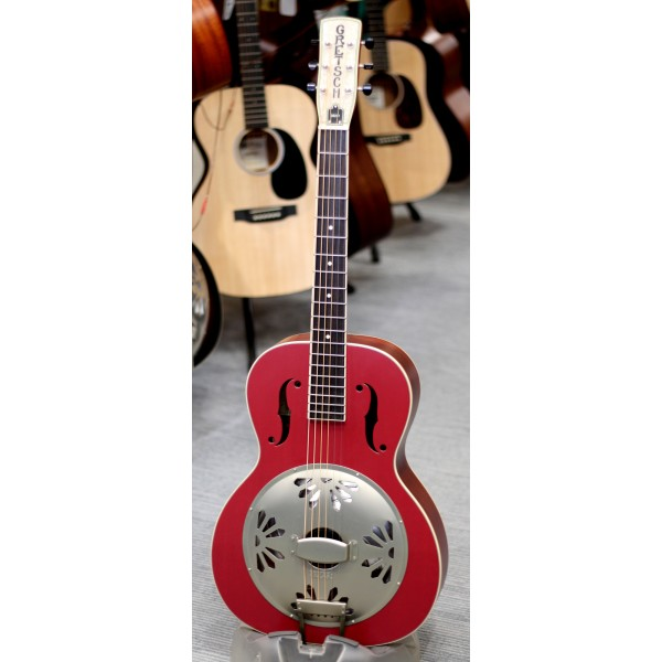 Gretsch G9241 Alligator Biscuit round neck electro acoustic resonator guitar in cheiftain red front