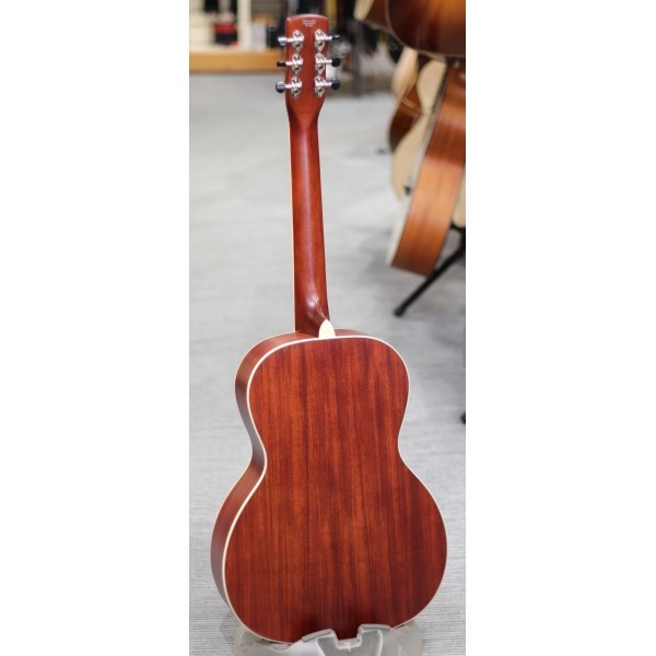 Gretsch G9241 Alligator Biscuit round neck electro acoustic resonator guitar in cheiftain red back